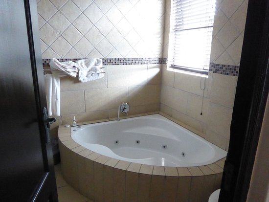 Benoni, South Africa: Jetted tub