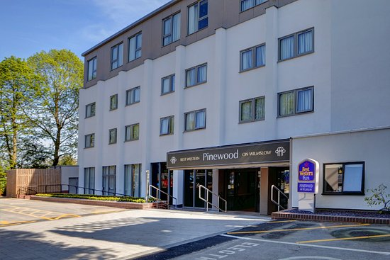 Best Western Plus Manchester Airport Wilmslow Pinewood Hotel