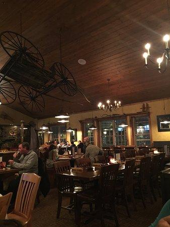 John Harvard S Restaurant Jiminy Peak