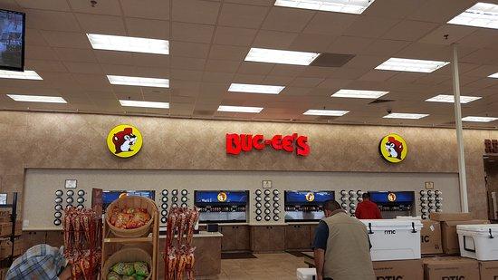 Port Lavaca, TX: Buc-ee's