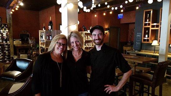 "Lexington, Carolina del Norte: ""Sophie"", Misty and Chef John"