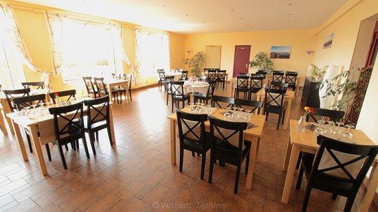 Aydat, France: Salle du restaurant