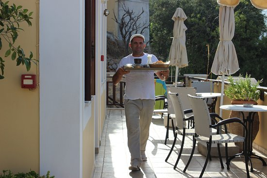 Odyssia Apartments: Jalal on the ball as ever