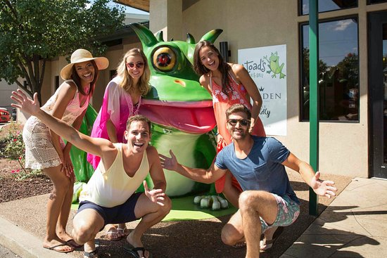 Lake Ozark, MO: Take your picture with our Toad in front of H. Toad's