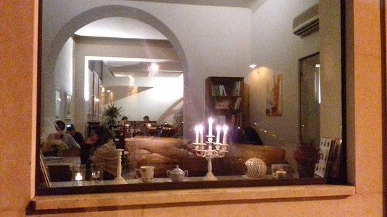 Camelliae Tea Room : Camelliae Tearoom & Lounge nuova location via Penati 5