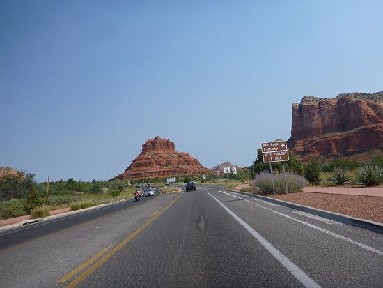 Road to Bell Rock, near to Bell Rock Inn