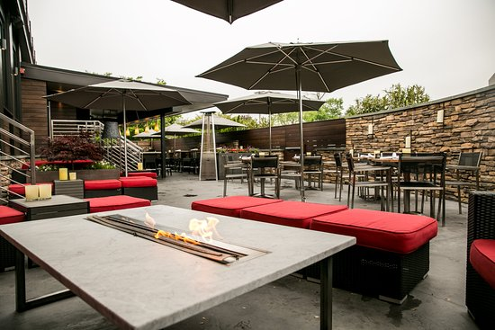 outdoor patio bar picture of michaels cafe timonium tripadvisor