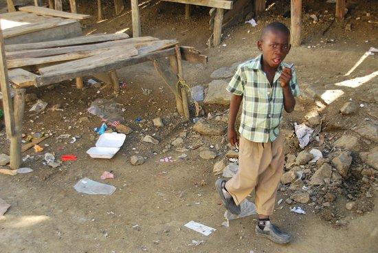 Mel Tours: haitian village