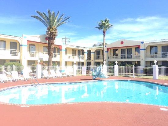Photo of Americas Best Value Inn-Beaumont / I-10