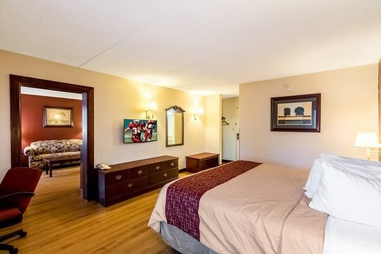 Red Roof Inn Champaign Home Design Ideas And Pictures