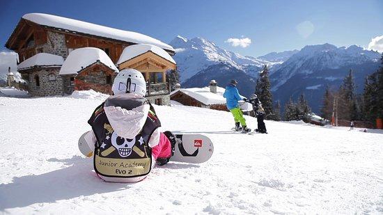 Besse-et-Saint-Anastaise, France: Snowboard