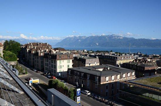 Esplanade de Montbenon: Vue en direction de l'Est (Haut Lac, Bouveret, Valais, Haute-Savoie)