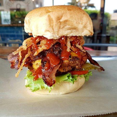 burger and relish osu accra restaurant bewertungen telefonnummer fotos tripadvisor