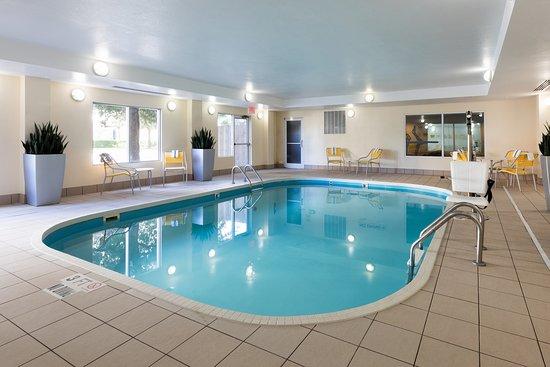 Fairfield Inn & Suites Austin South : Indoor Pool
