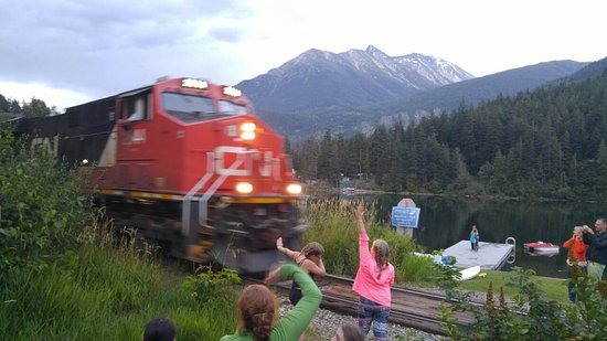 Whispering Falls Resort: the train man goes CHOO CHOO