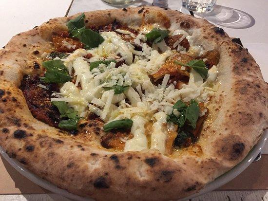Le pizze di vincenzo capuano sono sempre dei capolavori - Pizzeria milano porta romana ...