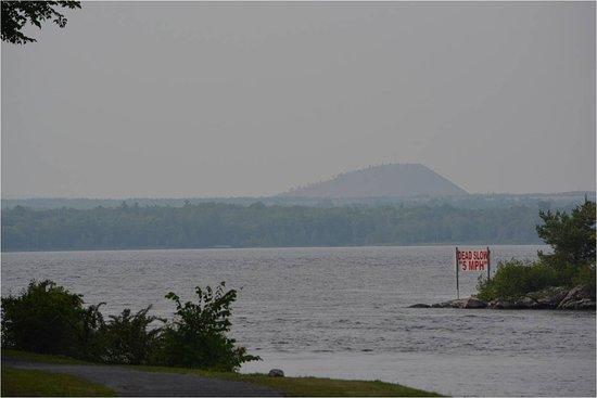 Arnprior Ontario - Ottawa river