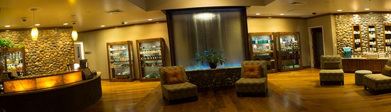 Canyonville, OR : River Rock Spa