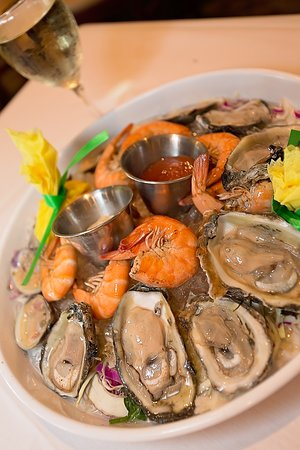 Shucker's : oysters at Shuckers
