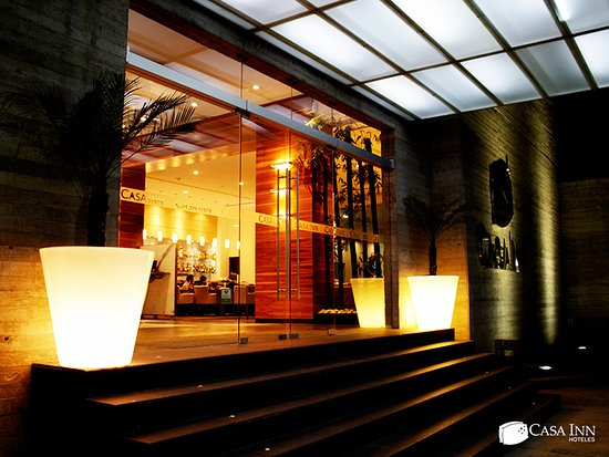 Casa Inn Premium Hotel Queretaro : Entrada del hotel.