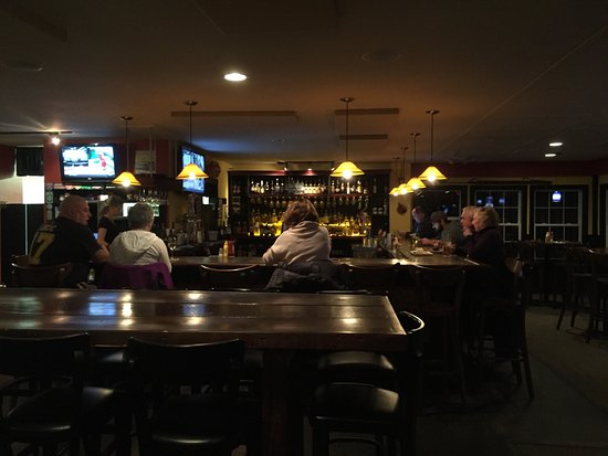Local Break: A nice year round bar