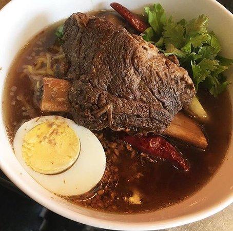 Baoburg brooklyn restaurantanmeldelser tripadvisor for Aura thai fusion cuisine new york ny