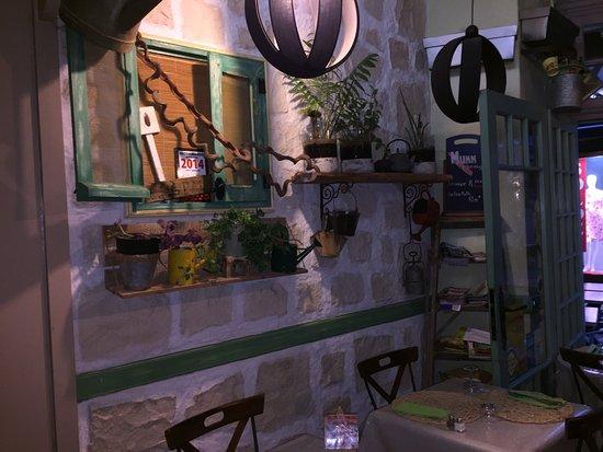 La table du jardin poitiers restaurant reviews phone number photos tripadvisor - Table jardin keter poitiers ...