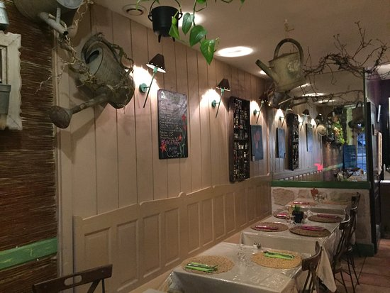 la table du jardin poitiers restaurant reviews phone number photos tripadvisor. Black Bedroom Furniture Sets. Home Design Ideas