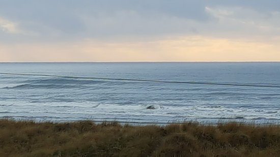 Hi-Tide Oceanfront Inn: 20161217_153722_large.jpg