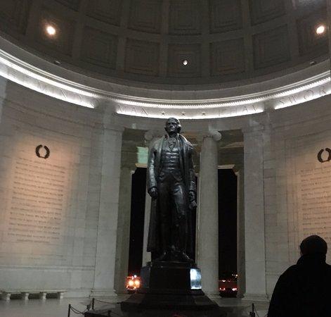 Jefferson Memorial : Jefferson