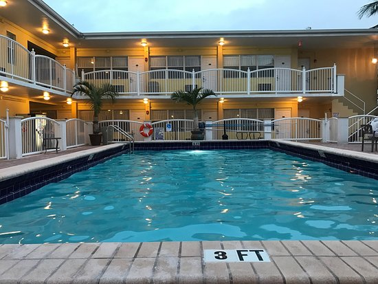 Beach Place Hotel 144 1 6 5 Updated 2018 Prices Reviews Miami Fl Tripadvisor