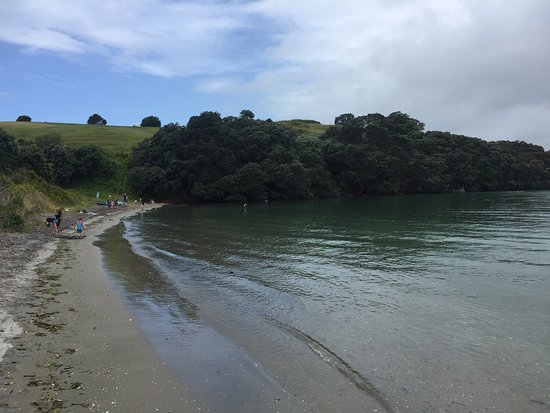 Waihi Beach, New Zealand: A slightly stormy day at Anzac Bay