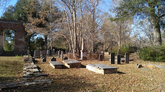 Moncks Corner, SC: Cemetery of Biggin Church
