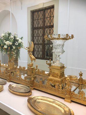 Sisi Museum: State Dinner Table Decoration