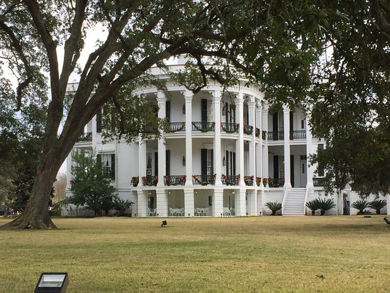 Nottoway Plantation Resort: Beautiful and romantic step back in time