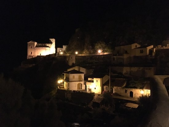 Furci Siculo, Italy: Савока