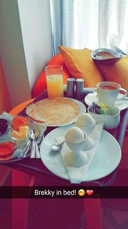 อมาร์ยาวิลลา: My breakfast!