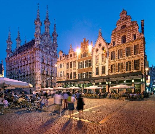 Flanders, Belgia: Grand Square, Leuven