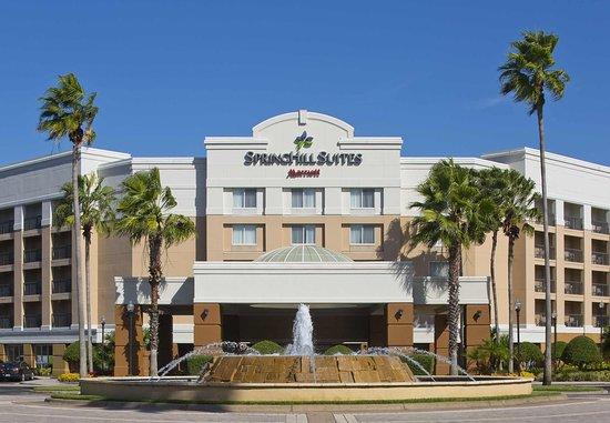 SpringHill Suites Orlando Lake Buena Vista in Marriott Village: Exterior