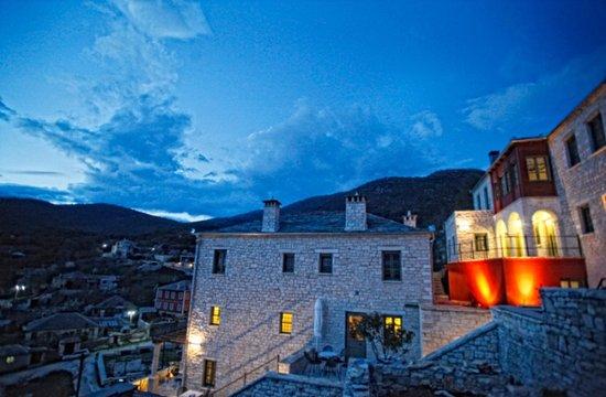 Ano Pedina, Griekenland: Πύρρειον το σούρουπο!!