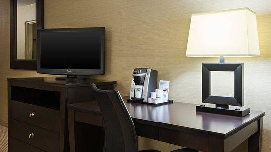 Charleston, WV: Guest Room Desk