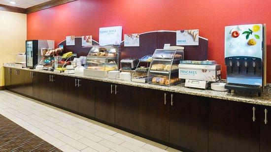 Charleston, WV: Breakfast Buffet
