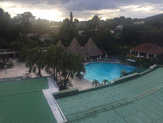 Sheraton Presidente San Salvador: great facilities and huge pool