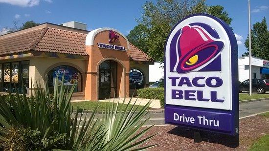 Saraland, AL: Drive thru or dine in