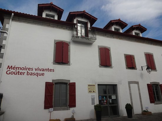 Ateka - Mémoires vivantes - Goûter Ateka , Itxassou (64, Nouvelle Aquitaine), Frannce.