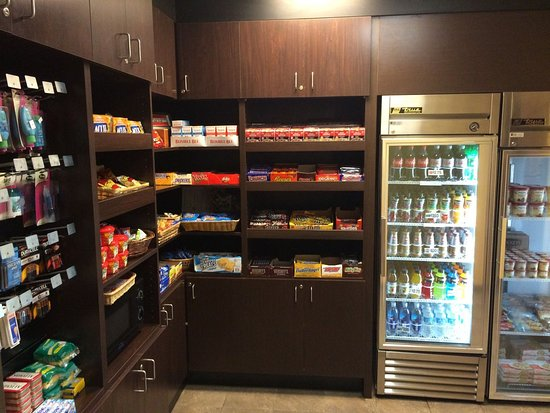 Concord, Kaliforniya: Gift Shop- Open 24 hours