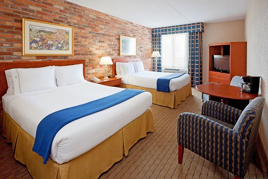 Holiday Inn Express Toronto East: Double Bed Guest Room