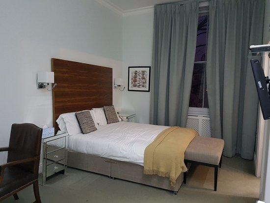 Commodore Hotel: Literie très confortable