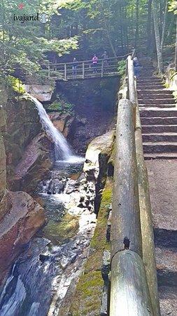 Conway, NH: Passeio e Quedas d'Água Imperdíveis!