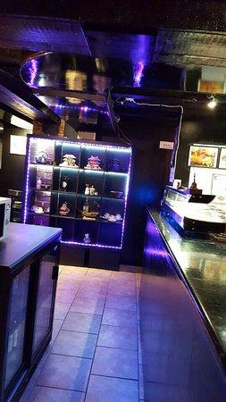 West Byfleet, UK: Sushi Bar area